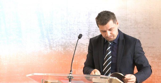 Tinerii pierduți – Gabriel Țical