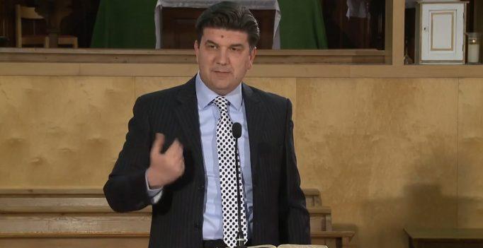 Deșertăciunea religiozității : 1. Pui de năpârci – Sorin Petrof