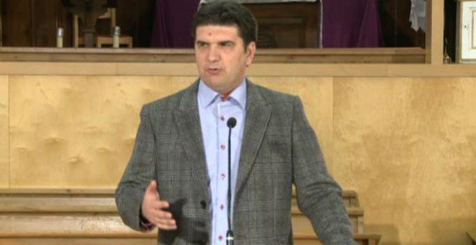15 Dec 2012: Iluzia ultimei sanse: 12.Mitul nevredniciei – Sorin Petrof
